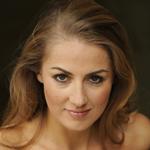 Stephanie Atanasov_en.jpg